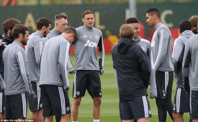 Matic đón sinh nhật trên sân tập Man Utd