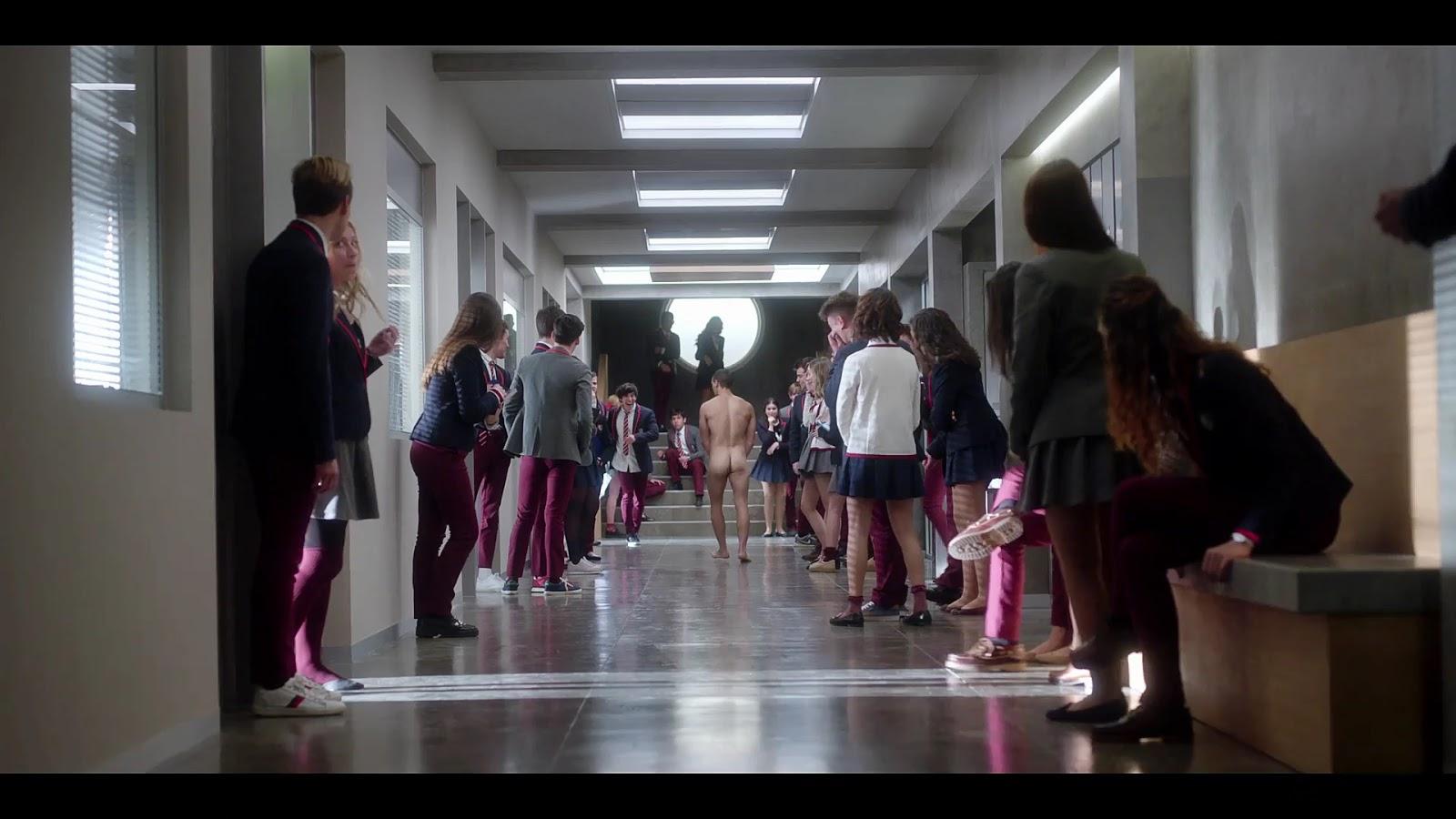 Casperfan Miguel Herrn Sexy Naked Bum In Elite S01E01-3581