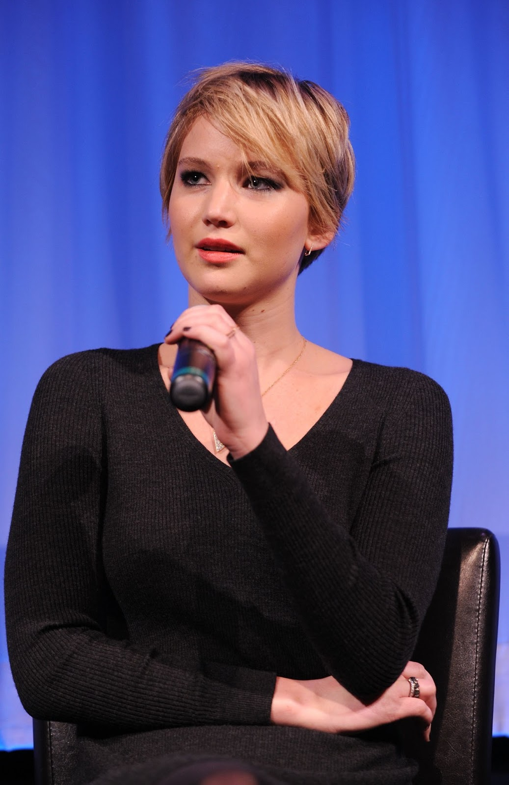 Jennifer Lawrence Hairstyles | Famous Celebrity Bible