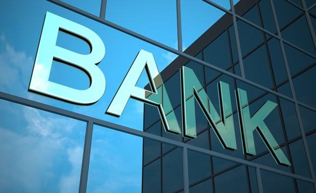 Προσφέρουν τώρα και τα κλειδιά των τραπεζών