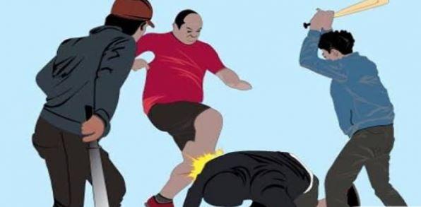 Petugas Alami Luka Serius Setelah Dikeroyok Preman Karena Hendak Tangkap Teman Mereka