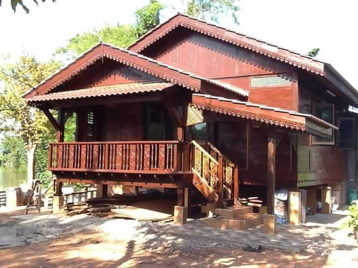 Rekabentuk Esklusif Rumah Rumah Kampung Yang Tampak