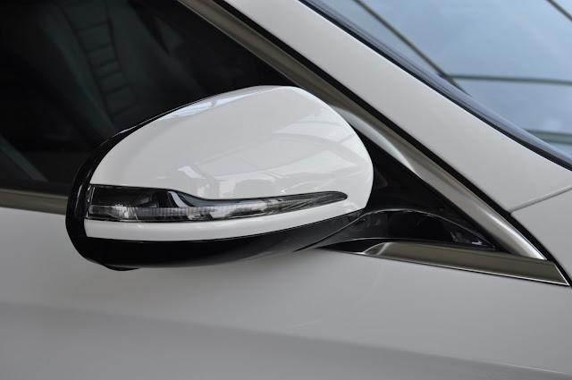 Gương chiếu hậu Mercedes E200 thiết kế lịch lãm, sang trọng