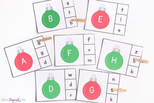 Alphabet, das anfängt, klingt Dominosteine