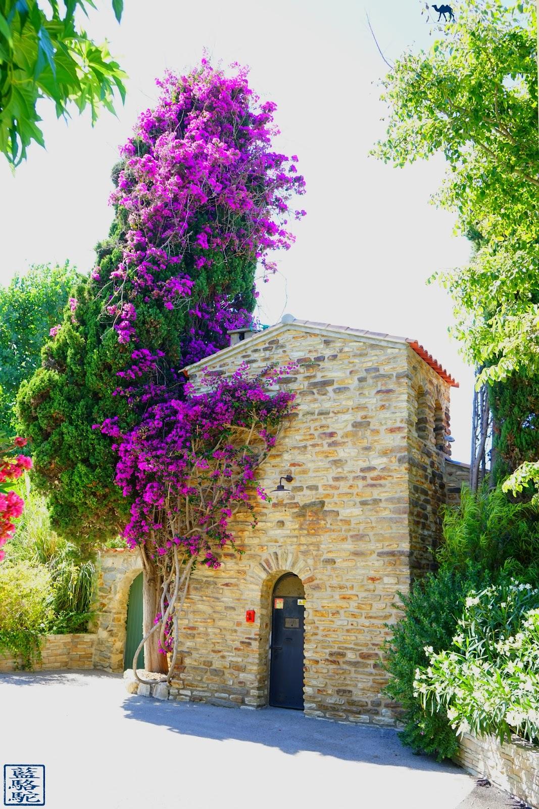 Le Chameau Bleu - Batisse  sur  l'ile des Embiez - Var Vacance en Méditeranée