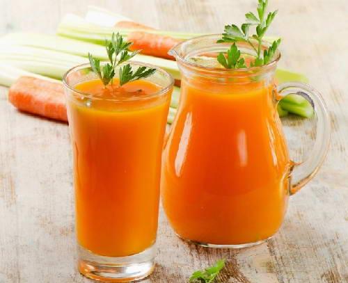 3 Công thức Sinh tố cà rốt giúp dáng đẹp, eo thon