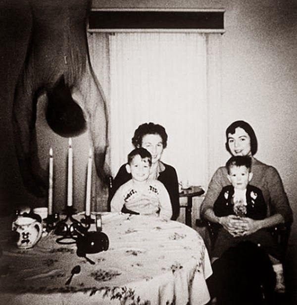 fotos, mistérios, mistério, fantasma, ovni, ufo, luzes, medo, terror