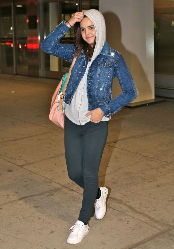 Bailee Madison travel outfit style in Toronto Pearson International Airport