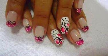 Uñas Con Diseño De Mariposa Imágenes Y Fotos Decorado Y Moda
