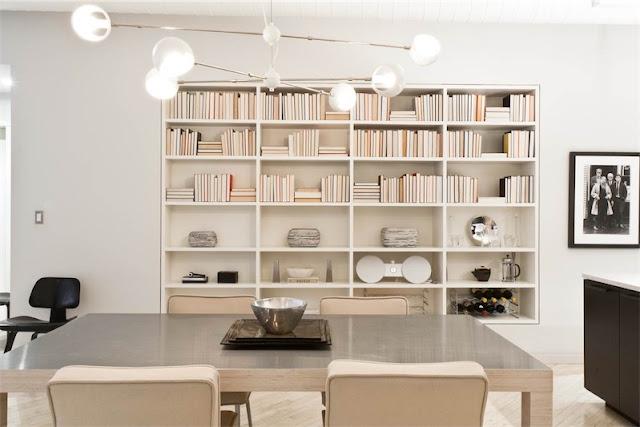 libreria decorada con libros al reves chicanddeco