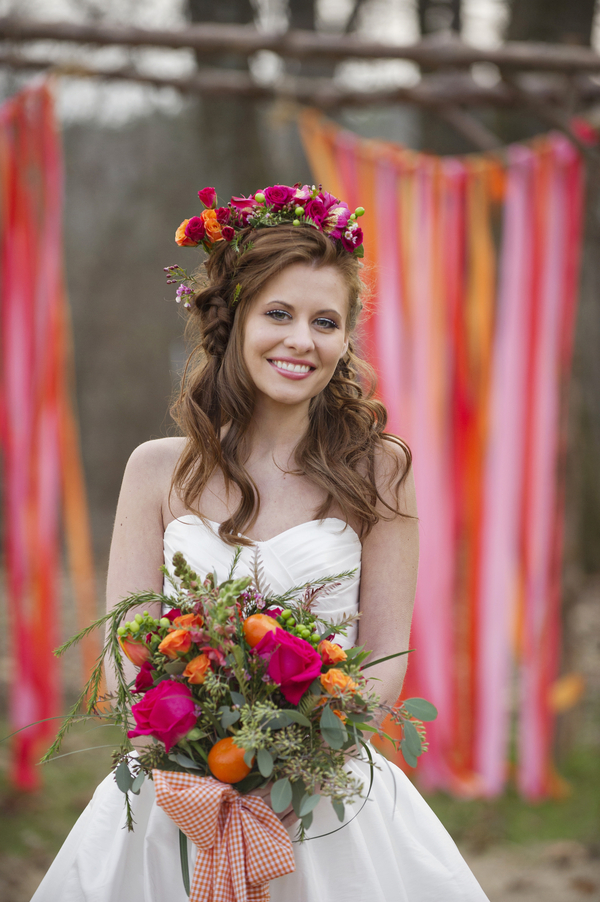 bride+groom+boho+bohemian+chic+orange+pink+yellow+rustic+valentine+valentines+day+february+winter+spring+wedding+cake+bouquet+petticoat+dress+gown+table+setting+floral+arrangement+centerpiece+tangerine+melissa+mccrotty+photography+4 - The Valentine Ombre