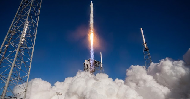 An Atlas V rocket carrying the GPS IIF-12 mission lifts off from Space Launch Complex-41. Credit: ULA