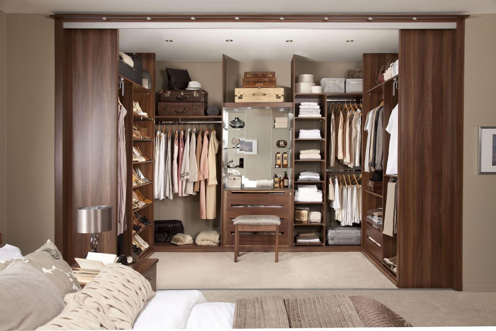FARISDECOR: Magnifique chambre dressing تصميم غرفة ملابس رائعة