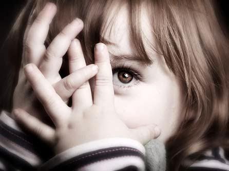 5 Kiat Terbaru Mengatasi Anak Pemalu