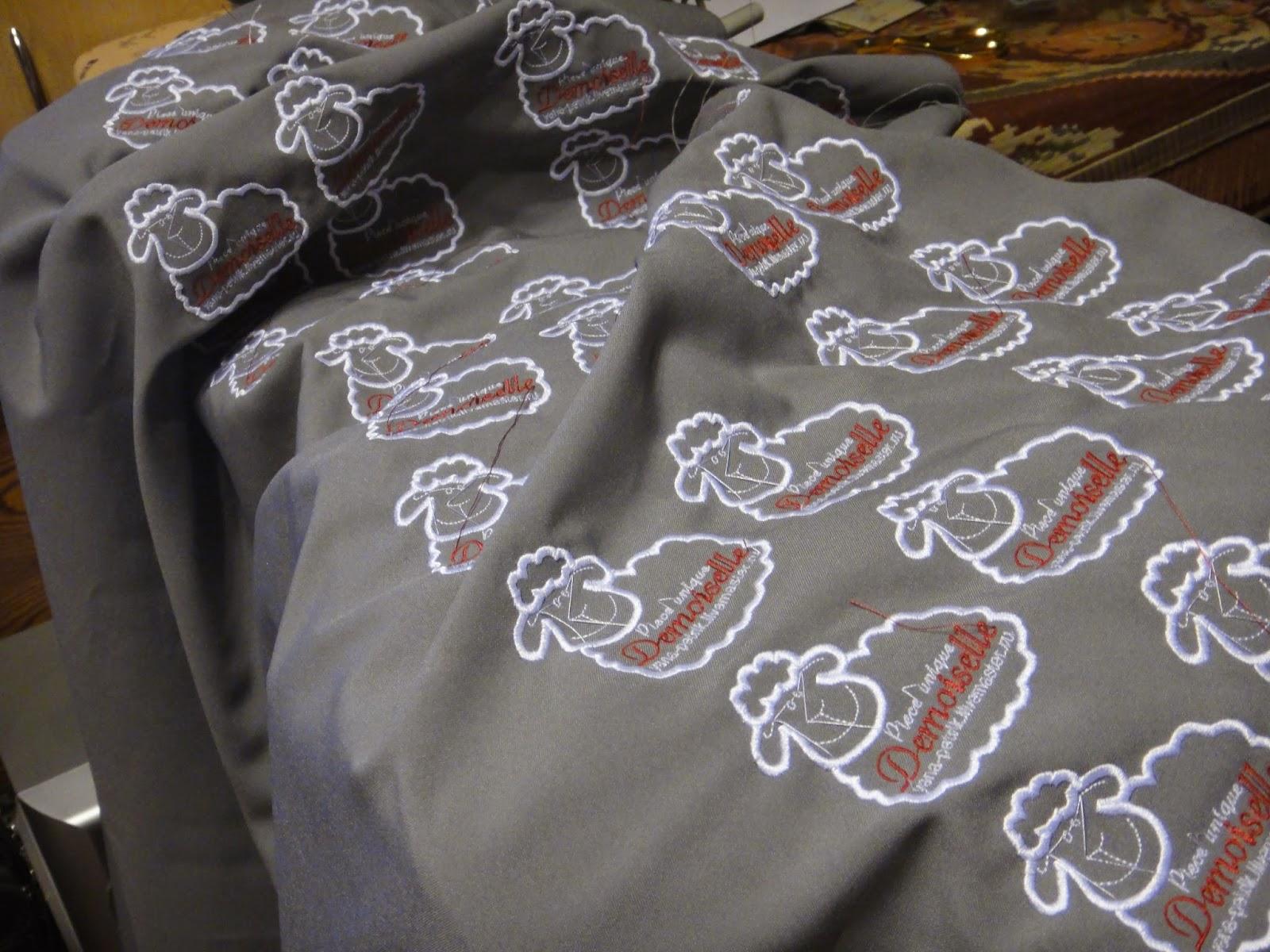 авторские этикетки на одежду - машинная вышивка на заказ