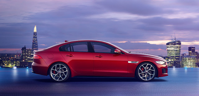 Jaguar XE India Price