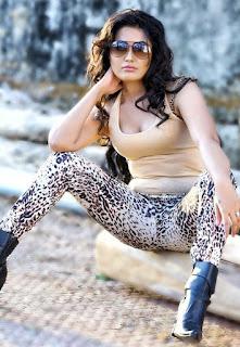 Sandy Amy Spicy Portfolio Pics (3).jpg