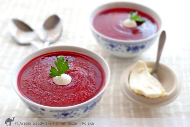 Indyjska zupa z czerwonych buraków i pomidorów