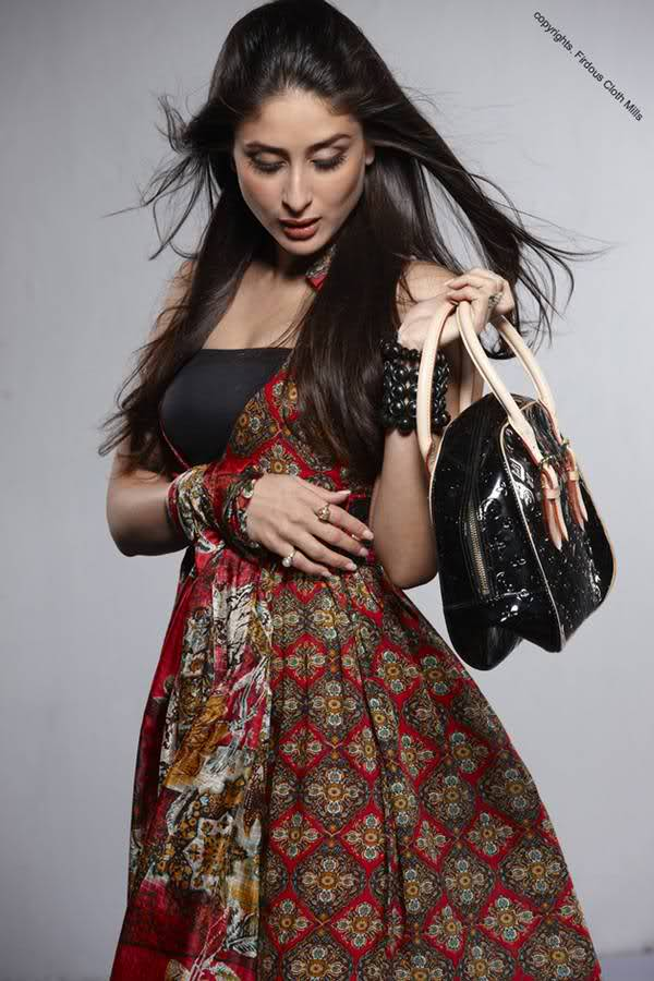 Kareena Kapoor in desi avatar