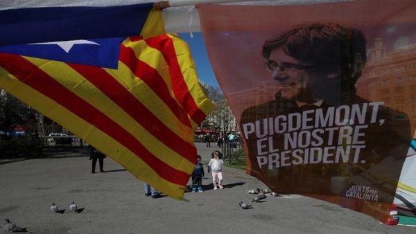 Puigdemont afirma desde la cárcel que buscará ser investido