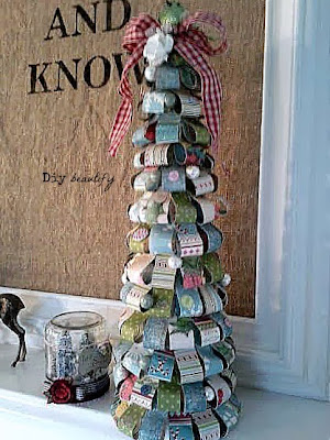 How to make Paper Loop Christmas Trees www.diybeautify.com