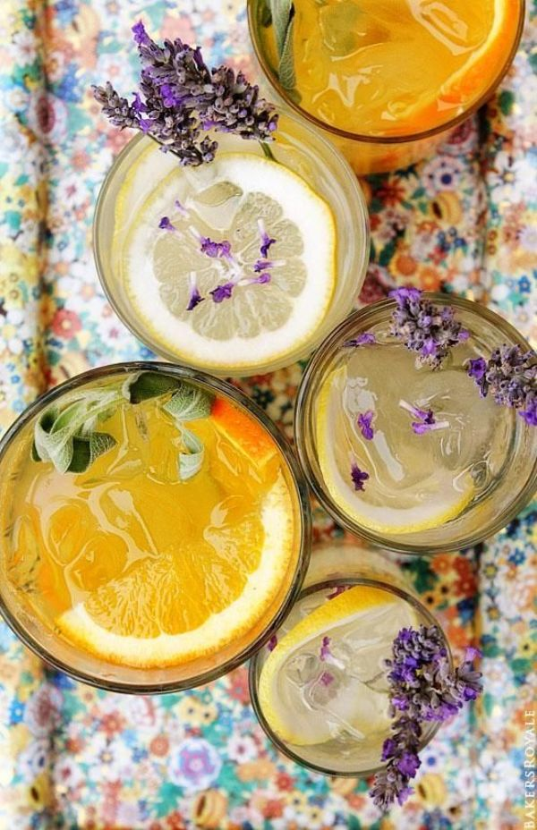 5 Pretty & Delicious Summer Party Cocktails - via BirdsParty.com
