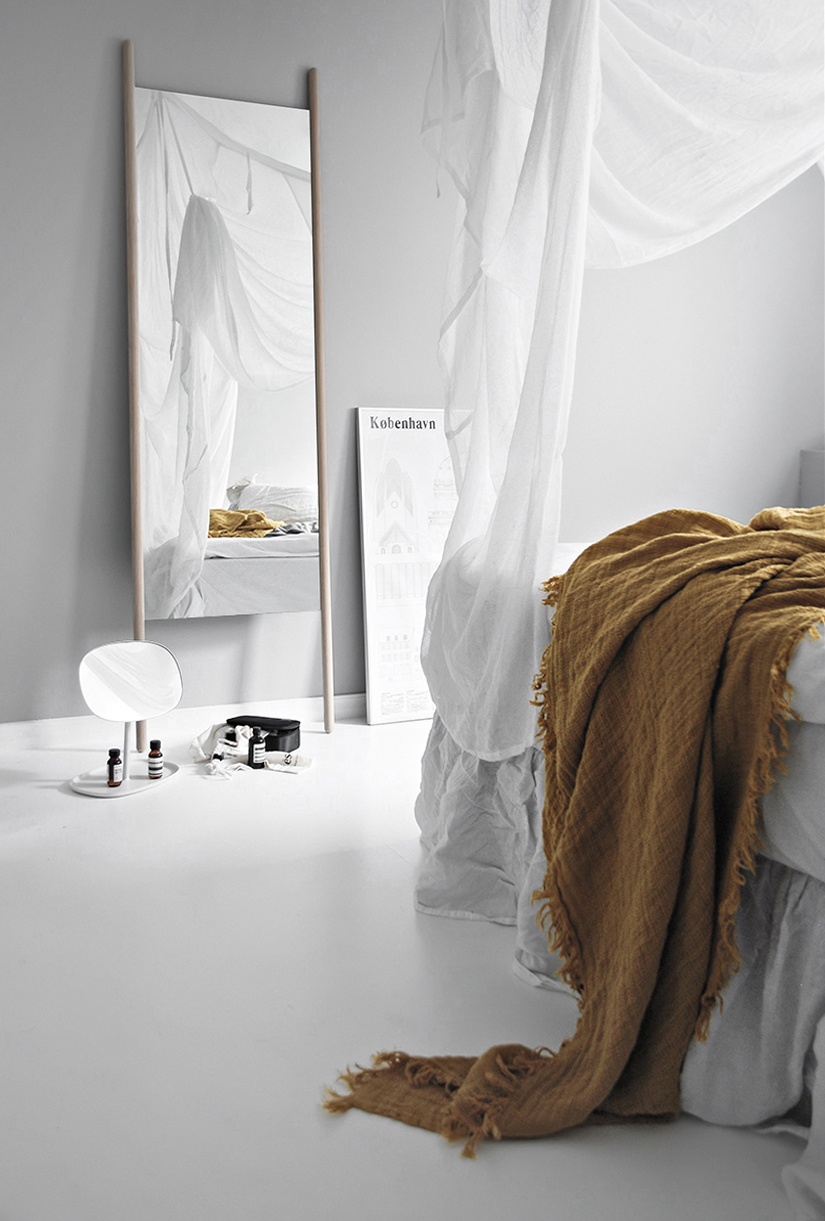 Only Deco Love: New Mirror In The Bedroom