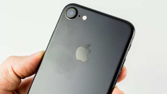 review iPhone 7 black