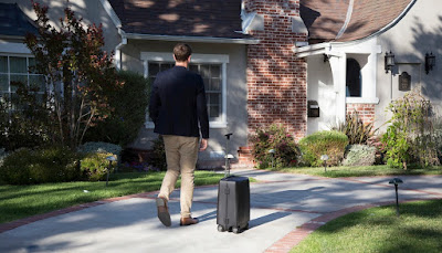 Meet the Ovis, an automatic suitcase that follows its owner everywhere