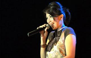 Lirik Lagu Rohani Bagi Tuhan Tak Ada Yang Mustahil oleh Sari Simorangkir