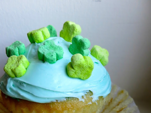 Cocktail Cupcakes // Get Lucky