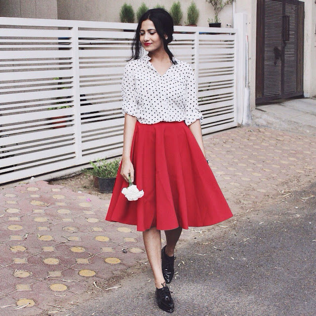 polka dot blouse, french colors, dress like a parisian, indian blogger, indian luxury blog, who what wear, top style blogger