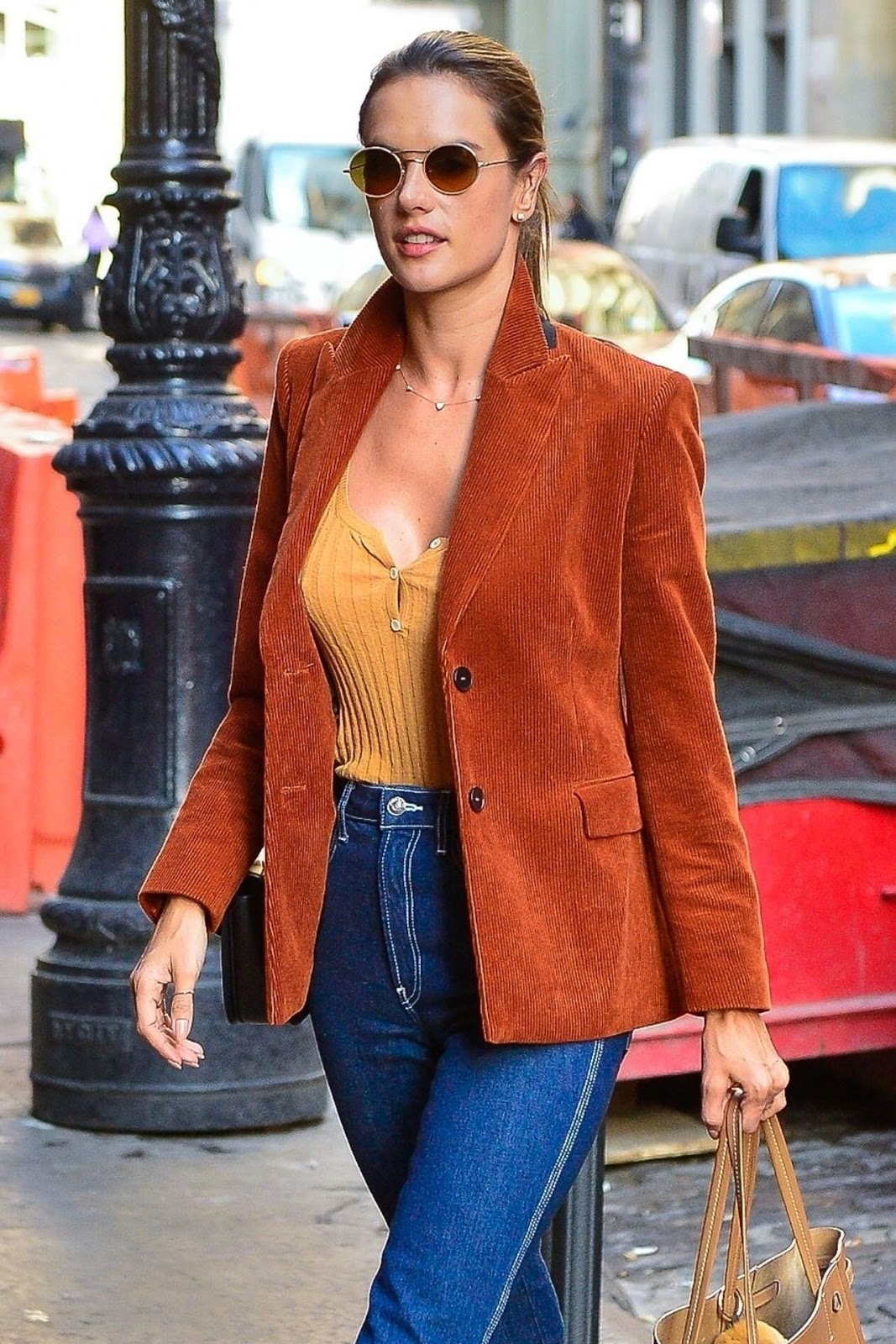 Alessandra Ambrosio – Out in NYC 02/05/2019