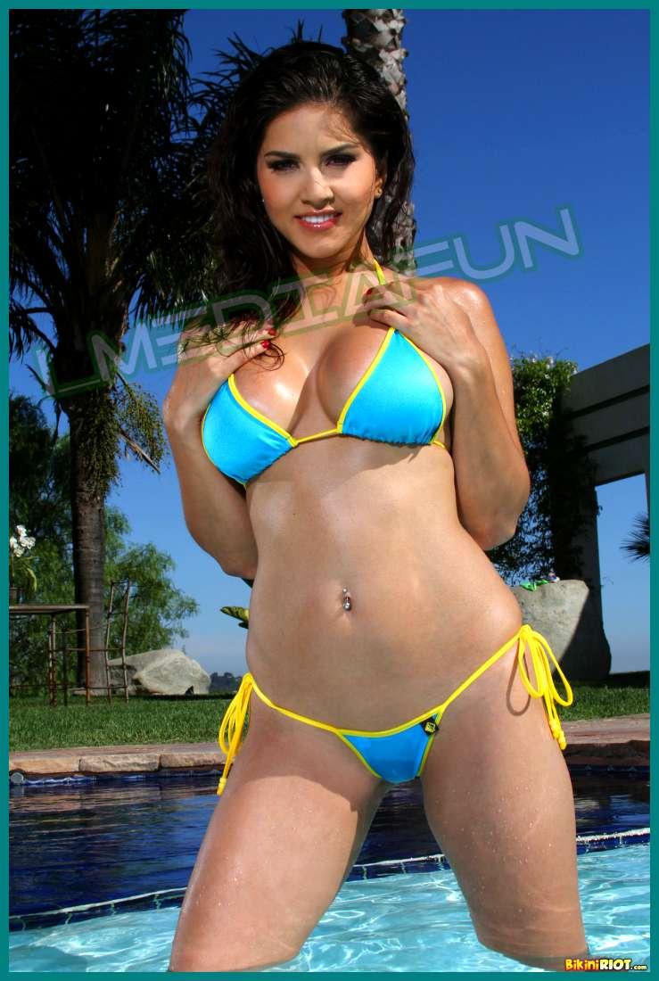 Sunny Leones Bikini Riots Turquoise And Yellow Gstring -6564