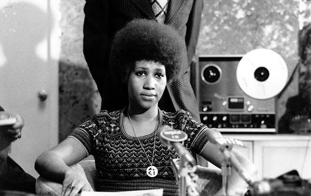 Aretha Franklin, com todo o respeito. O poder negro vindo dos EUA