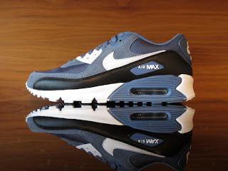 bd0a5a5e96 Nike Air Max '90. Ocean Fog, White, Black. 325018-405