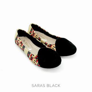 SARAS BLACK THE WARNA