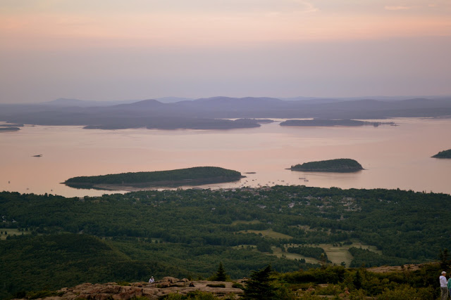 Рассвет на горе Кадиллак. Национальный парк Акадия, Мэн (Cadillac Mountain. Acadia National Park, ME)