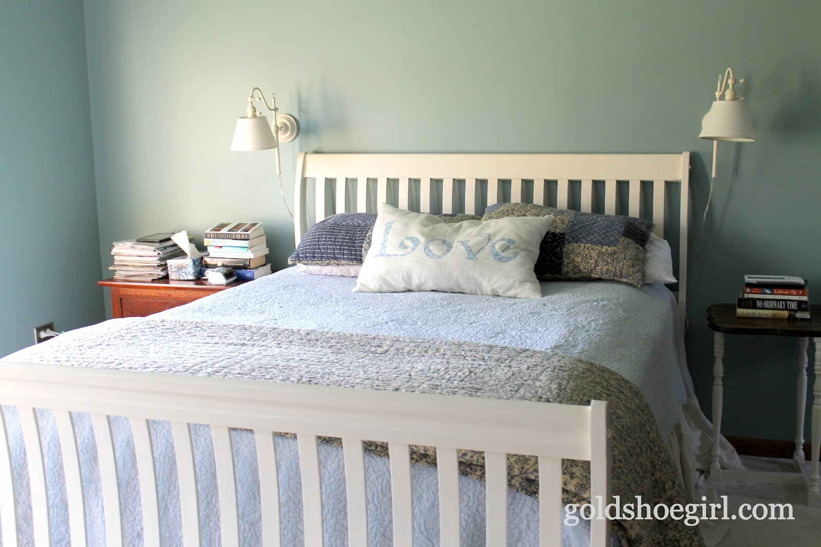Gold Shoe Girl: A Bed Makeover
