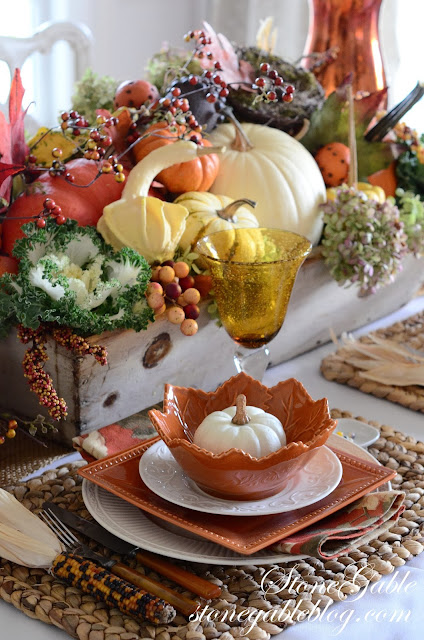 10 fab and one sad thanksgiving tablescapes old things new  candy cane tablescapes