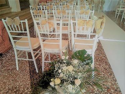chiesa fiori wedding