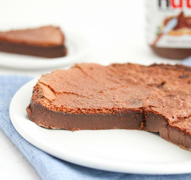 4 recetas de solo 2 ingredientes pastel de crema de chocolate y avellanas