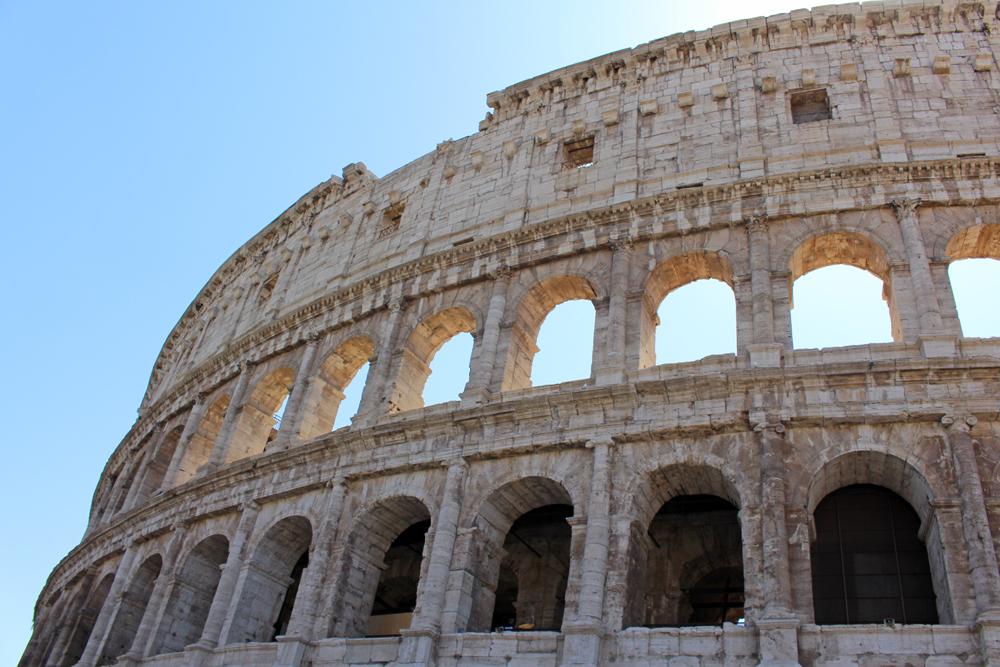 Colloseum, Rome - style & travel blog
