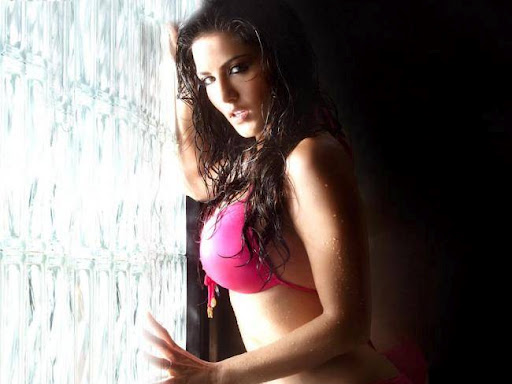 11514 - Sunny Leone Hot Sexy Bikini Photo Gallery in Jism-2 Much more Exotic Pictures ever