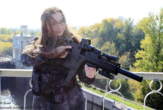 mungkin elena bisa jadi tentara wanita tercantik