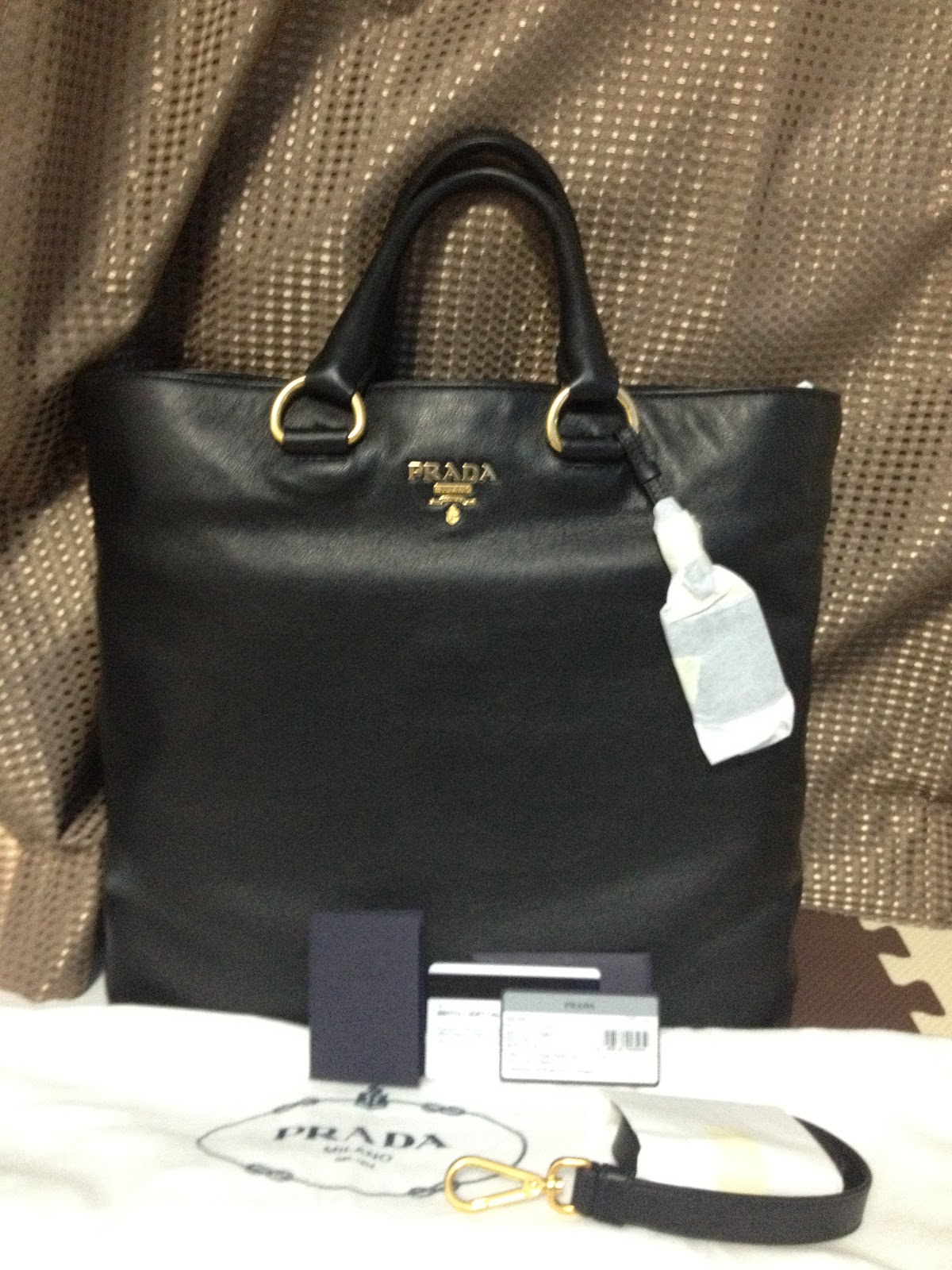 fafc31656ddc ... wholesale sold authentic prada soft calf leather tote bag in nero  colour c26a0 31d3a ...