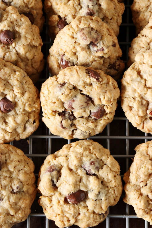 Chewy Oatmeal Raisinet Cookies - The Kitchen is My Playground