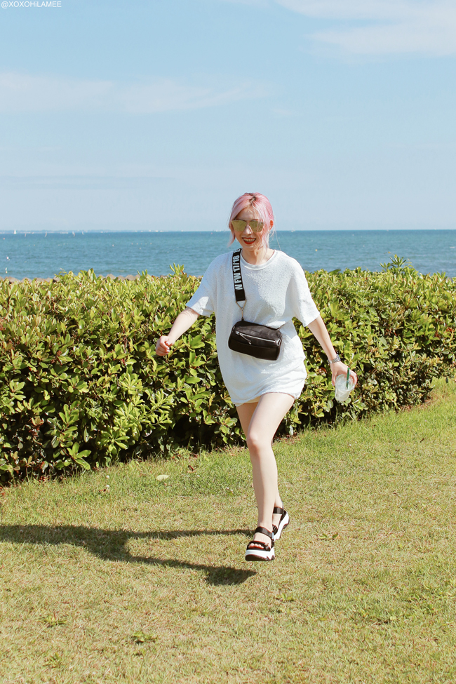 Japanese Fashion Blogger,Mizuho K,20180603OOTD,ZARA=white Sequins Tee,Black crossbody bag, Wedge sole strap sporty sandals,,zeroUV=mirrored sunglasses,,3COINS=round earrings,,Casio=silver watch