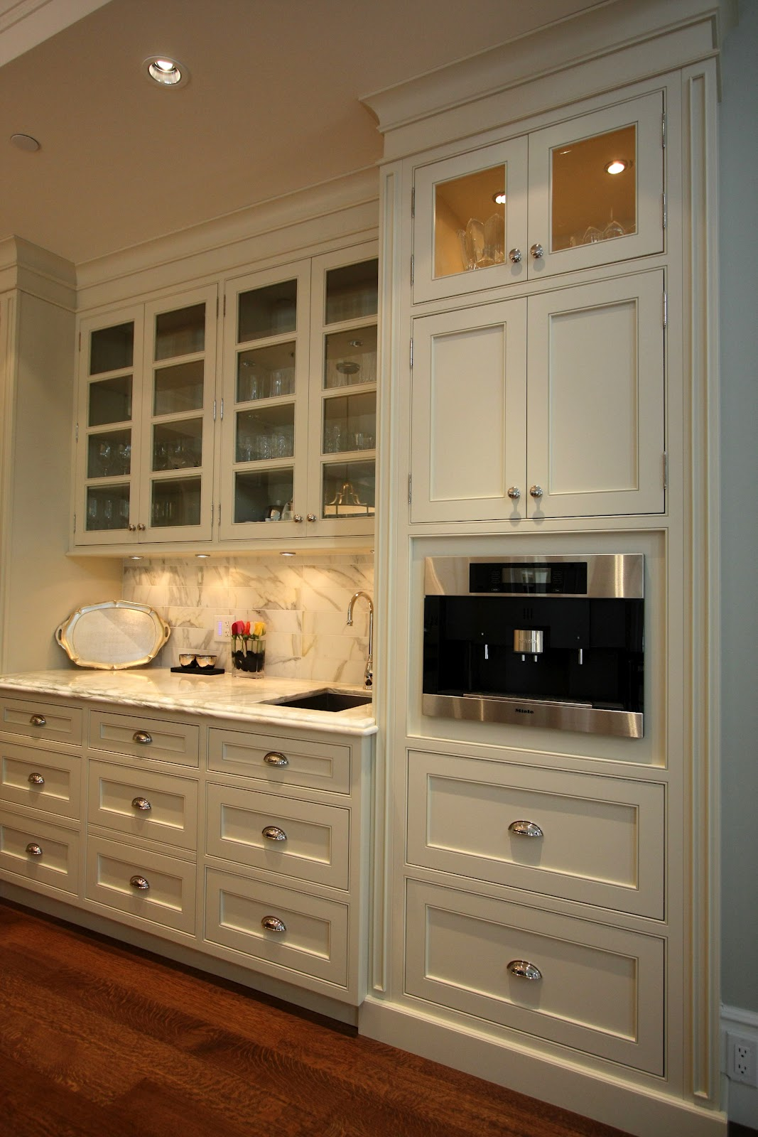 Beaded Face Frame Kitchen Cabinets