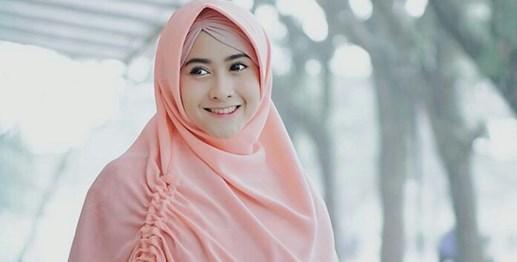 Tips Berpakaian untuk Wawancara untuk Wanita Berhijab